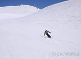 Vous logez dans un hôtel chaleureux à deux pas des pistes de ski de Nax - voyages adékua