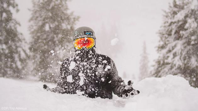 Glissez dans la neige abondante de l'île d'Hokkaido