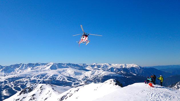 Formules dépose en héliski pour vos vacances freeride sur la neige des Pyrénées