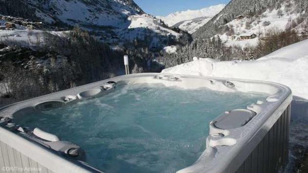 Un jacuzzi face aux glaciers en Savoie